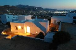 4 Bedrooms villa for sale in Paros