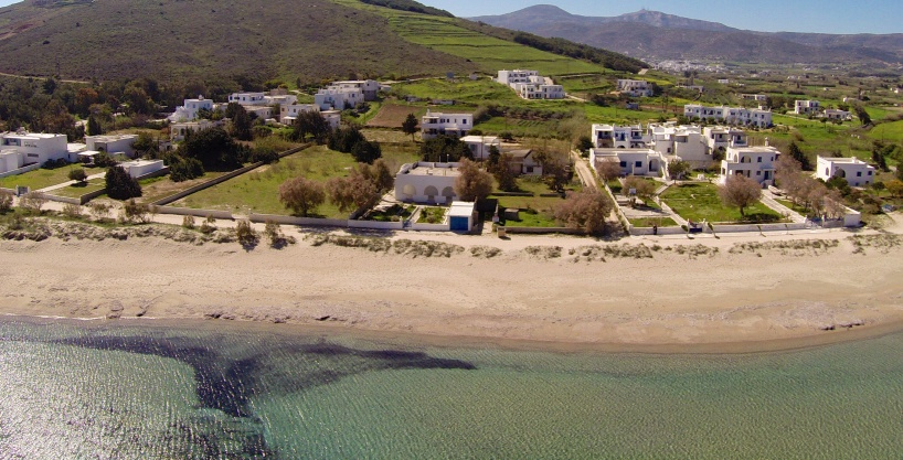 Beach front houses for sale in Paros
