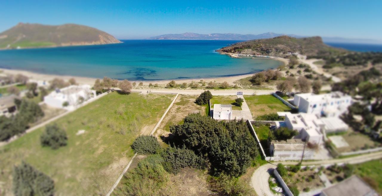 Beach front houses for sale in ParosIoakimidis Estates