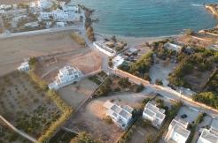 House for sale in Paros near the beach